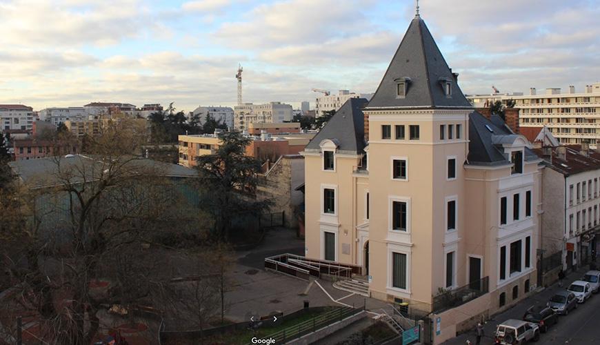 pour les cours Ados, Adultes - 14 place Jules-Grandclément, 69100 villeurbanne